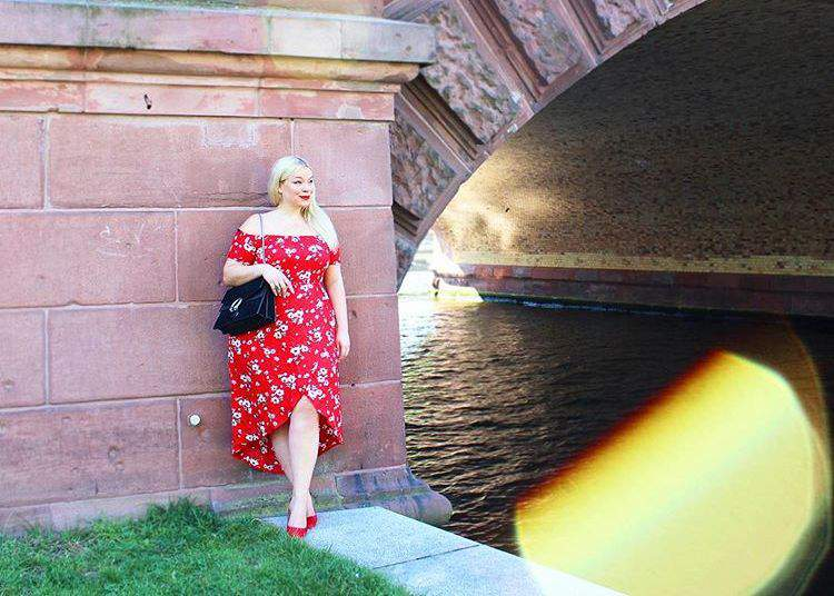 plus size red looks for fall