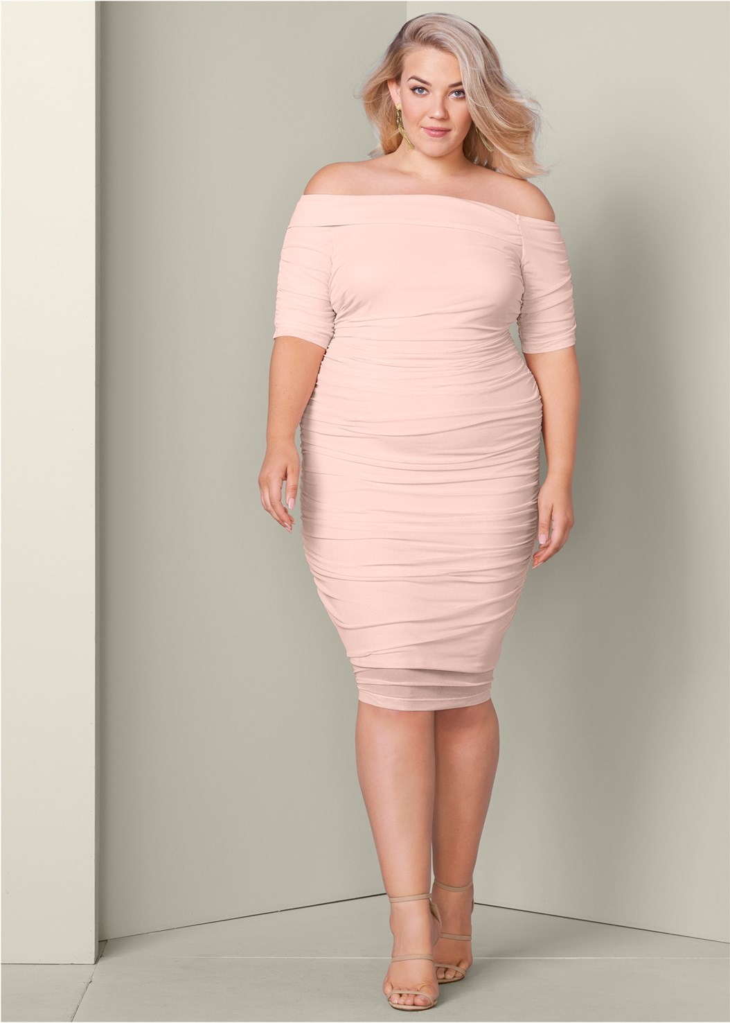 The Prettiest of Spring\'s Plus Size Dresses to Own