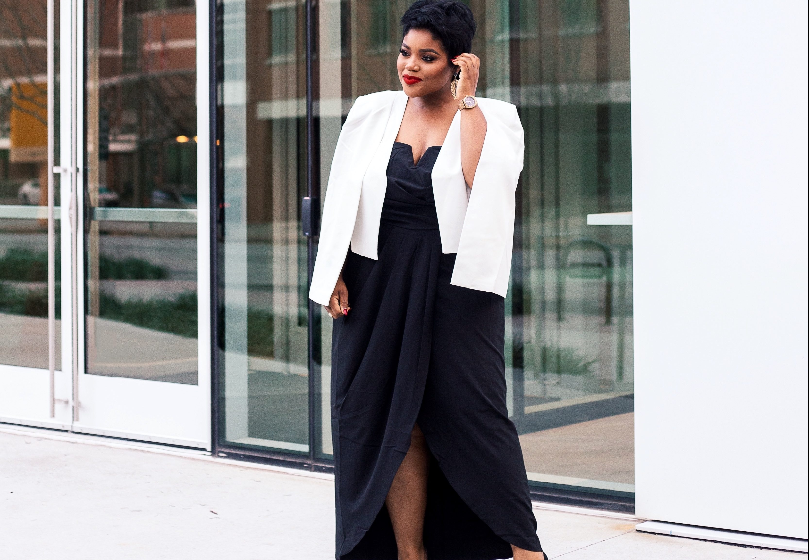 Blogger Life by Rhonda Shows off her Holiday Style at ...
