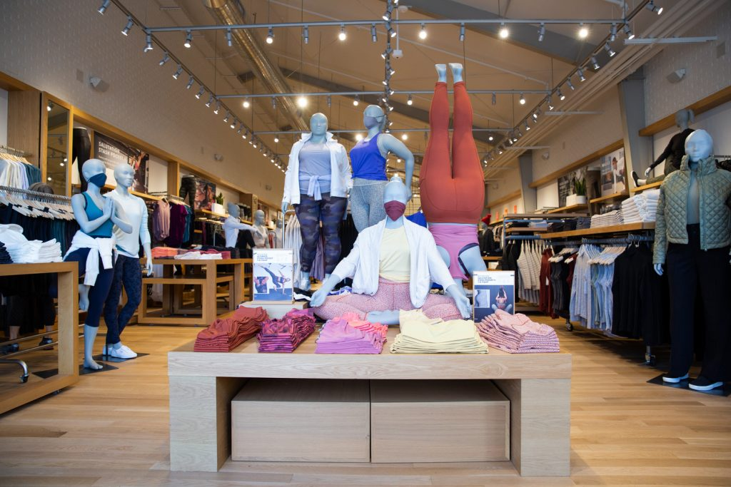 Athleta Extended Sizes giving us more plus size activewear options